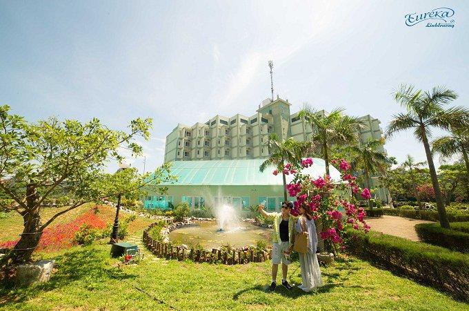 Bảng giá phòng của Eureka Linh Trường Resort năm 2021